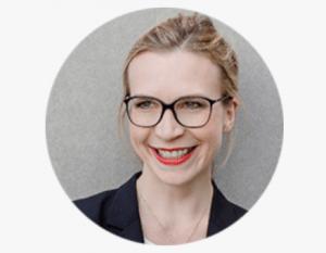 Dr. Anna Weber, CEO der BabyOne GmbH